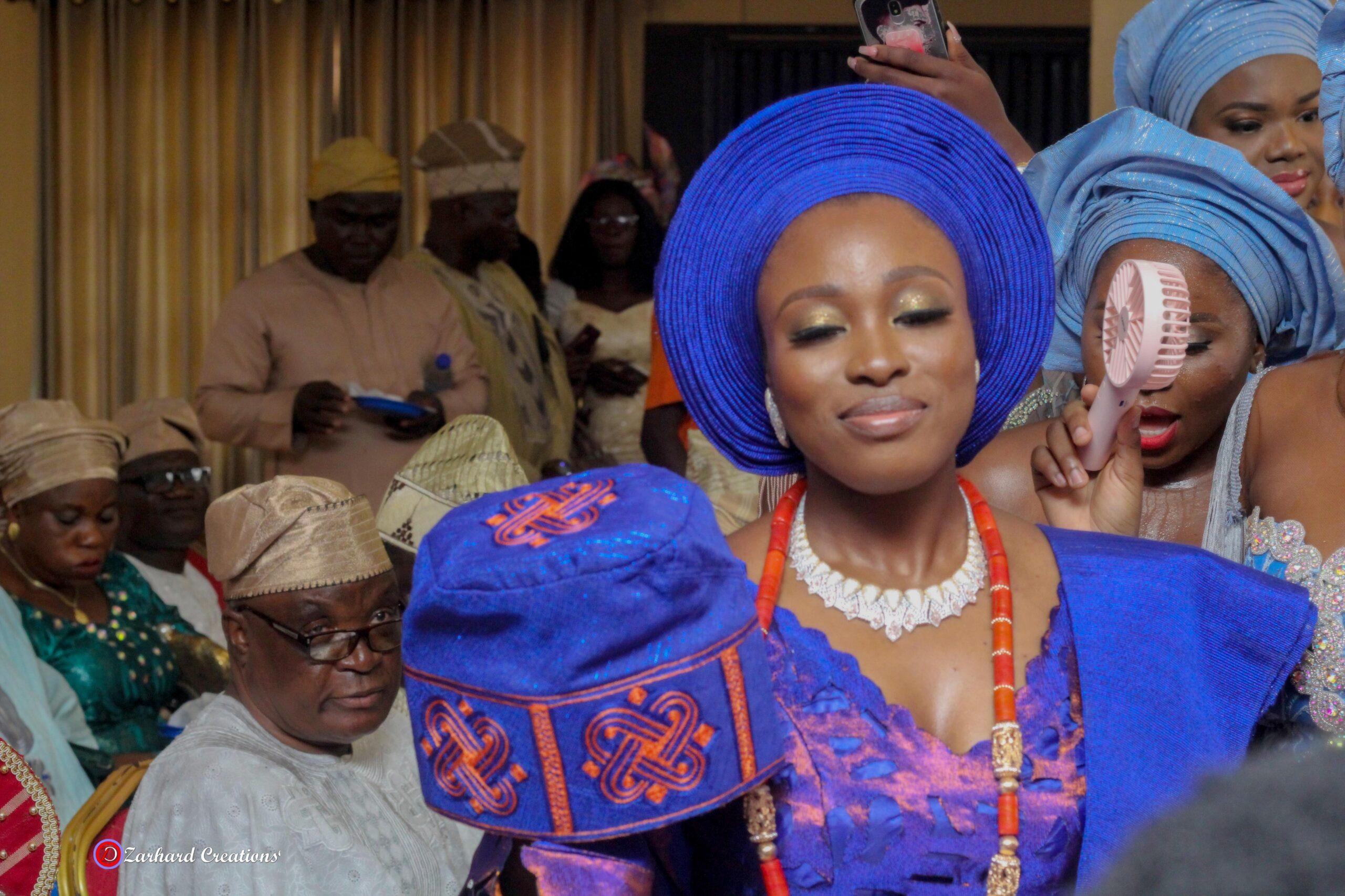 Yoruba traditional wedding cap fitting by bride Eventigo