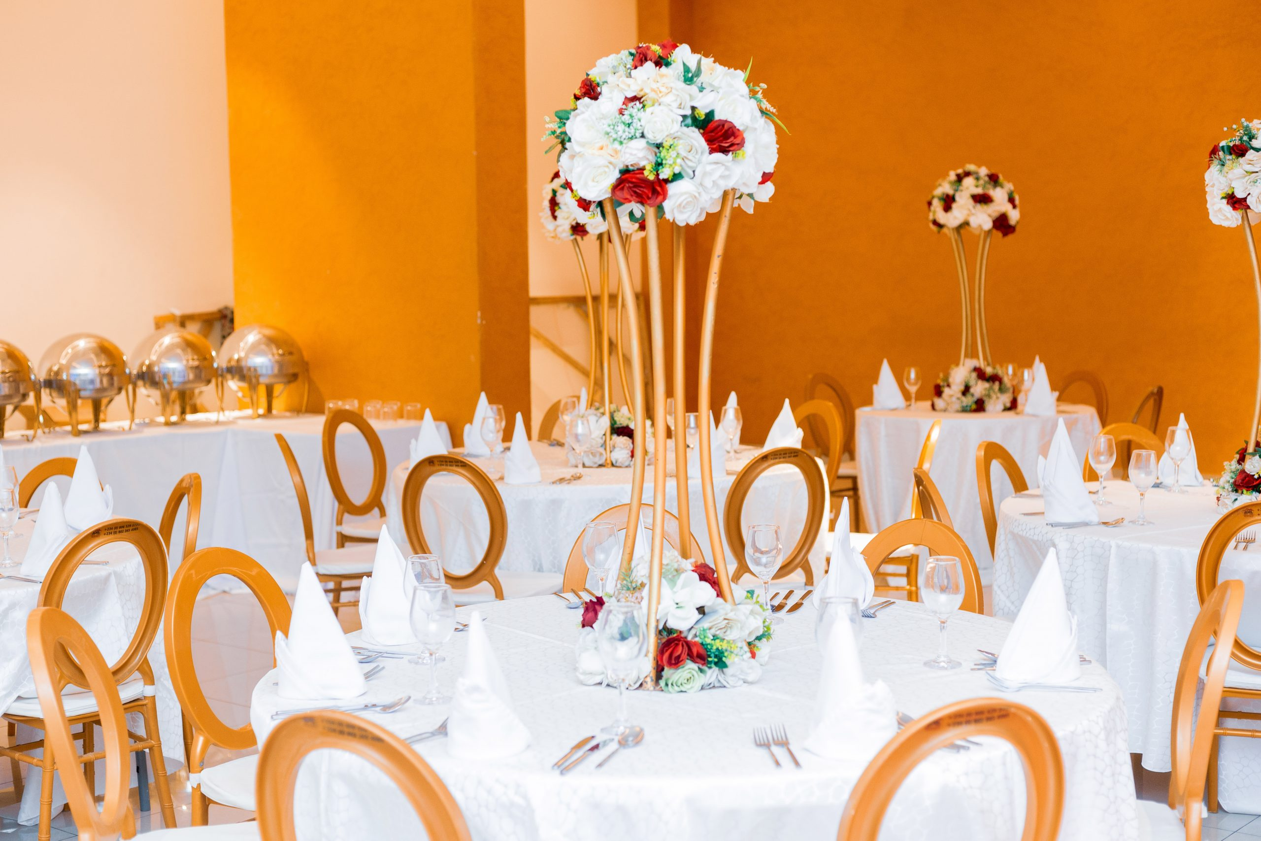 tall centerpieces table setting